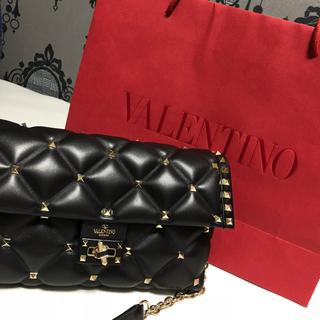 ヴァレンティノガラヴァーニ(valentino garavani)の【本日限り値下げ】VALENTINO ショルダーバッグ(ショルダーバッグ)