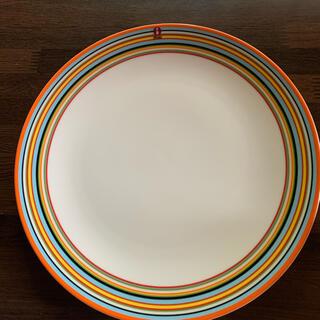 イッタラ(iittala)の【新品未使用】イッタラ オリゴプレート26センチ オレンジ(食器)