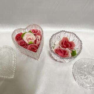 プリザーブドフラワー ガラス花器 置き物 小物入れ 2点セット まとめ売り(プリザーブドフラワー)