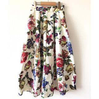 リミットレスラグジュアリー(LIMITLESS LUXURY)のlimitless laxury ロング丈 花柄スカート(ロングスカート)