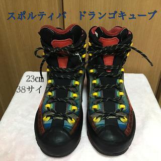 スポルティバ(LA SPORTIVA)の登山靴 23㎝ スポルティバ トランゴキューブ(登山用品)