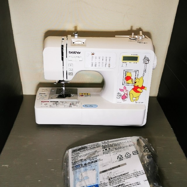 brother(ブラザー)のブラザーのコンピューターミシンM1107-PP スマホ/家電/カメラの生活家電(その他)の商品写真