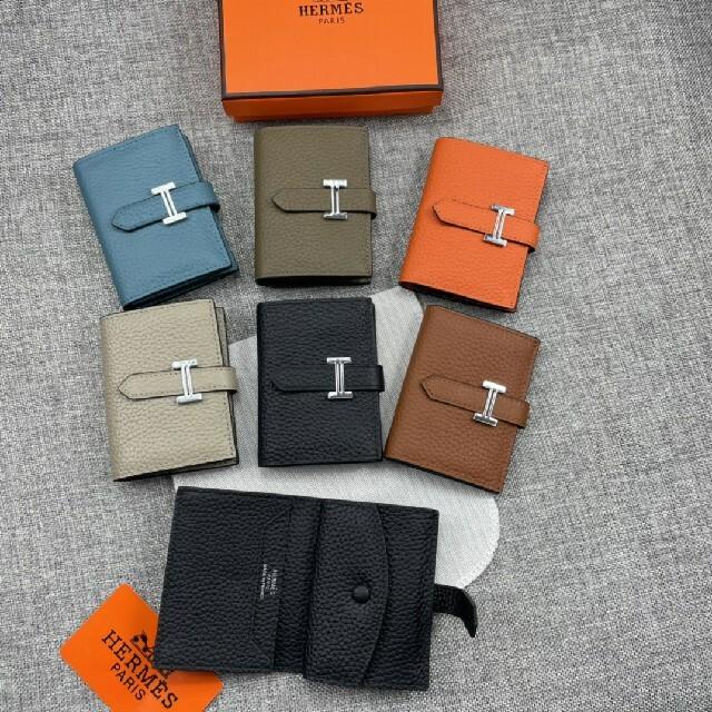 Hermes(エルメス)の名刺入れ カードケース トゴ牛革 大人気 ミニ折り財布  レディースのファッション小物(名刺入れ/定期入れ)の商品写真