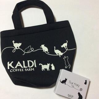 カルディ(KALDI)の猫の日バッグ&ティートレイ (食器)
