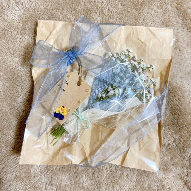 かすみ草ミニブーケ ハンドメイドのフラワー/ガーデン(ドライフラワー)の商品写真