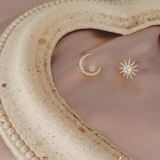 スタージュエリー(STAR JEWELRY)のsmall asymmetry moon & star pierce ◯s925(ピアス)