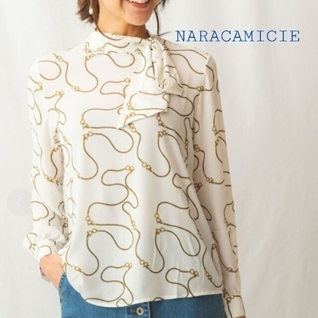 NARACAMICIE(ナラカミーチェ)の【美品】ナラカミーチェ☆現在発売中ジョーゼット サイドボウタイⅠ レディースのトップス(シャツ/ブラウス(長袖/七分))の商品写真