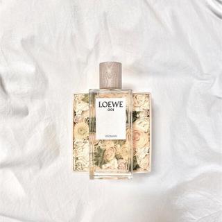 ロエベ(LOEWE)のロエベ 001 women パルファム 5ml  LOEWE 香水 (ユニセックス)