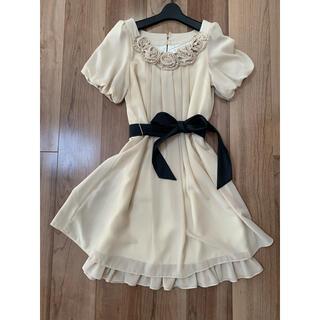 エニィスィス(anySiS)のワンピース ドレス (ミディアムドレス)