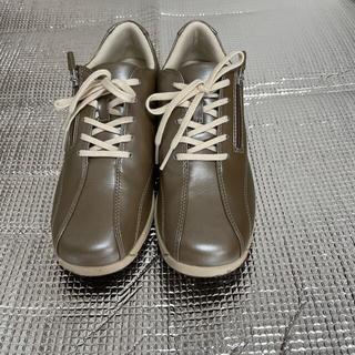 ヨネックス(YONEX)の靴(スニーカー)