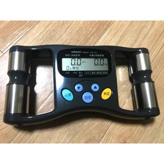 オムロン(OMRON)の値下げ!オムロン体脂肪計 H B Fー302   OMRON 電池付き(体脂肪計)