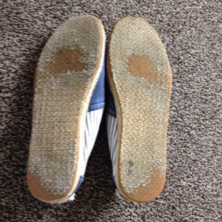 TOMS - TOMS スリッポンの通販 by ...
