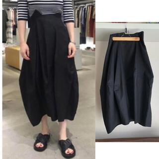 エンフォルド(ENFOLD)の[美品]  ENFOLD リネン コクーンスカート/38/ブラック(ロングスカート)