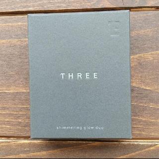 スリー(THREE)のTHREE シマリング グローデュオ 01(その他)