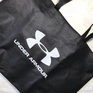 UNDER ARMOUR - UNDER ARMOUR  バック