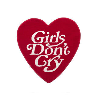 新品未開封:Girls don't cry ラグ red(ラグ)