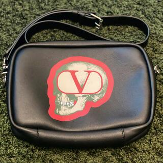 ヴァレンティノ(VALENTINO)のバレンティノ/バック/VALENTINO(セカンドバッグ/クラッチバッグ)