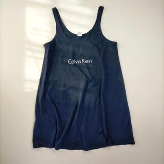 カルバンクライン(Calvin Klein)のカルバンクライン L タンクトップ ネイビー キャミソール 細ストラップ ロゴ(タンクトップ)