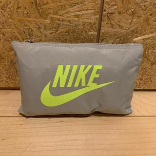 ナイキ(NIKE)のNIKE 折りたたみバッグ(ドラムバッグ)
