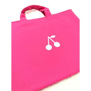 ボンポワン(Bonpoint)のレッスンバッグ  女の子 サクランボ  フリル ピンク ボンポワン(バッグ/レッスンバッグ)