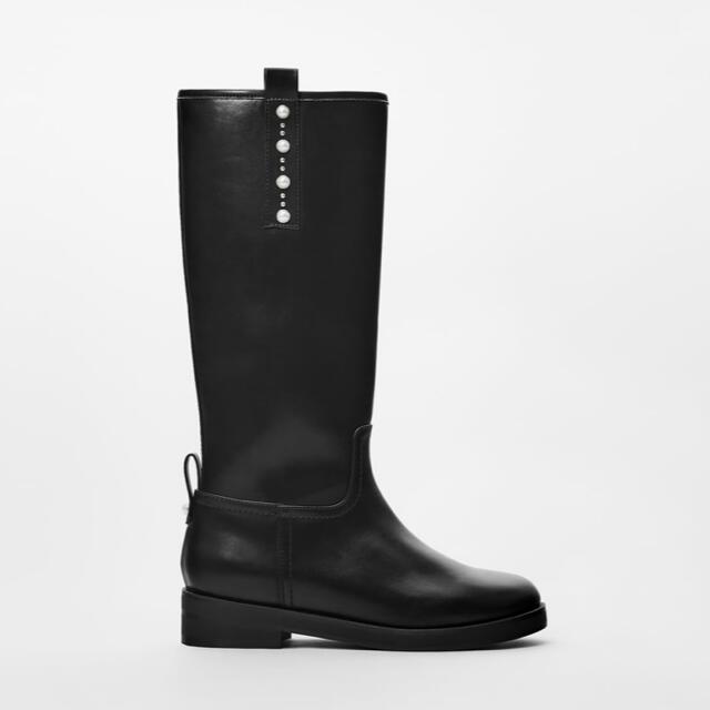 ZARA KIDS(ザラキッズ)の美品  ZARA  kids  パール付き  ブーツ  23.5  ブラック キッズ/ベビー/マタニティのキッズ靴/シューズ(15cm~)(ブーツ)の商品写真