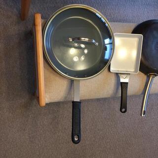 キョウセラ(京セラ)のフライパン セラミック製 32センチ(鍋/フライパン)