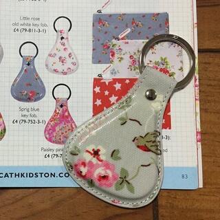 キャスキッドソン(Cath Kidston)の新品 キャスキッドソン キーフォブ キーリング バードグレー Y1(キーホルダー)