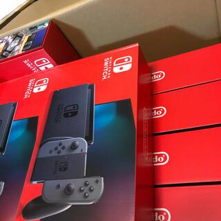ニンテンドースイッチ(Nintendo Switch)の新型nintendo switch 11台  (家庭用ゲーム機本体)