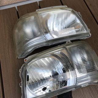 トヨタ(トヨタ)のハイエース ヘッドライト 純正 2型(パーツ)