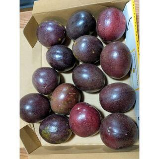 甘酸っぱくて美味しい!沖縄産 無農薬パッションフルーツ コンパクトにぎっしり(フルーツ)