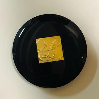 エスティローダー(Estee Lauder)のエスティローダー ダブルマットプレストパウダー 03 ミディアム(フェイスパウダー)