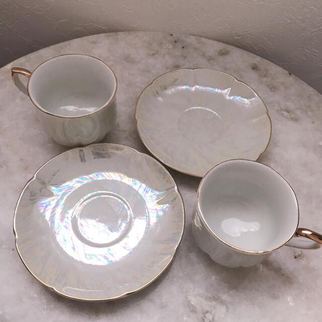 ROYAL ALBERT(ロイヤルアルバート)の本日最終価格♡ラスト2点のみ!アンティークシェル風オーロラティーカップ2組セット インテリア/住まい/日用品のキッチン/食器(グラス/カップ)の商品写真