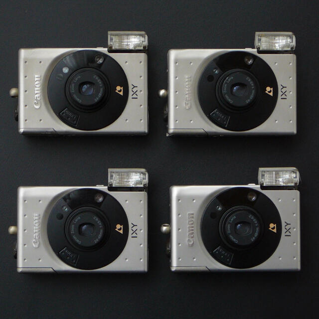 Canon(キヤノン)の☆ ジャンク☆ キャノン CANON IXY x4台 スマホ/家電/カメラのカメラ(フィルムカメラ)の商品写真