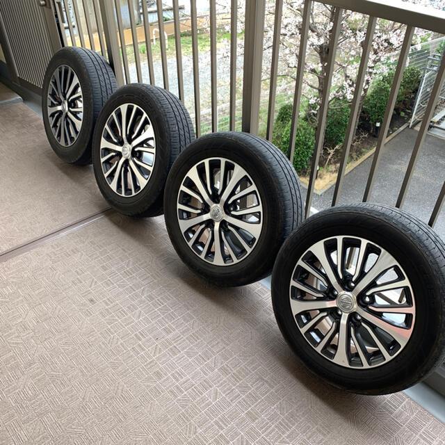 日産(ニッサン)のC26セレナ ハイウェイスター 純正 16インチ 自動車/バイクの自動車(タイヤ・ホイールセット)の商品写真