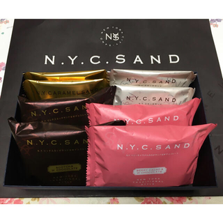N.Y.C.S ニューヨークキャラメルサンド 〜4種類各2個 合計8個セット(菓子/デザート)