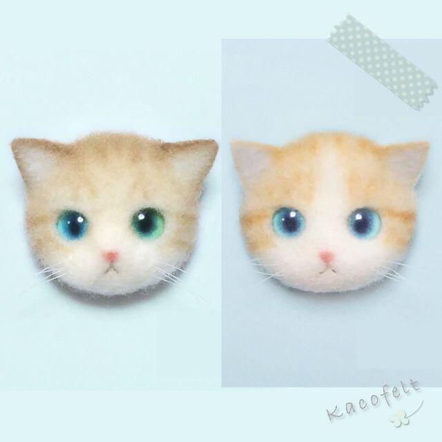 (お取り置き商品)2個セット オッドアイの猫さん&ハチワレ茶トラ ハンドメイドのアクセサリー(コサージュ/ブローチ)の商品写真