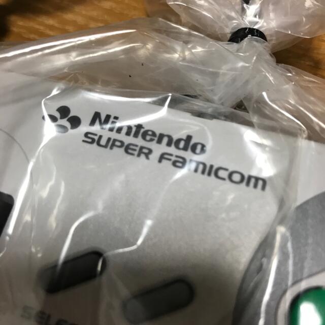 スーパーファミコン(スーパーファミコン)のニンテンドー スーパーファミコン 純正コントローラ エンタメ/ホビーのゲームソフト/ゲーム機本体(その他)の商品写真