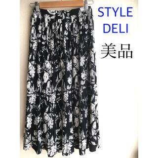 スタイルデリ(STYLE DELI)の【美品】STYLE DELI  LUXEライン♡ 花柄プリーツスカート(ひざ丈スカート)