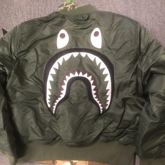 A BATHING APE(アベイシングエイプ)のBAPE X ALPHA SHARK MA-1 リバーシブルジャケット メンズのジャケット/アウター(ダウンジャケット)の商品写真