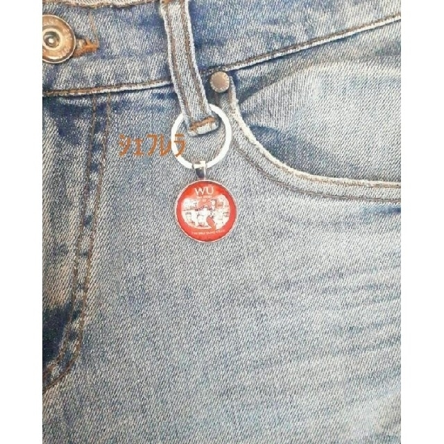 希少品 ★Wu-Tang Clan ロゴ キーホルダー 赤×銀色 メンズのファッション小物(キーホルダー)の商品写真