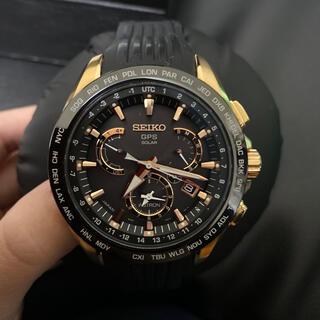 セイコー(SEIKO)のSEIKO アストロン 黒ゴールド ラバーベルト 値下げ(腕時計(アナログ))