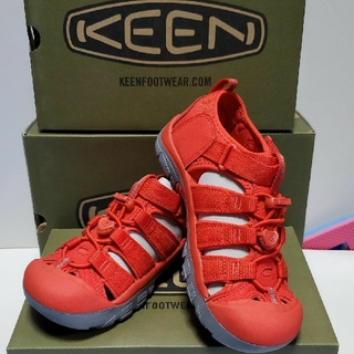 KEEN★ニューポート H2 / 22㎝