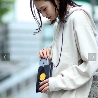 ドゥーズィエムクラス(DEUXIEME CLASSE)の新品タグ付き 【GOOD GRIEF! × JS】 マルチパースケース(ポーチ)