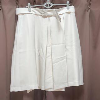 ニジュウサンク(23区)の新品 23区 スカート 48 アイボリー 日本製 大きいサイズ(ひざ丈スカート)