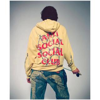 アンチ(ANTI)のAnti Social Social Club hoodie XS 黄 有刺鉄線(パーカー)