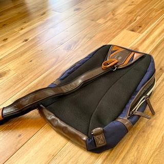 タケオキクチ(TAKEO KIKUCHI)のLeeワンショルダーボディーバッグ 縦型 軽量 メンズ バッグ 斜めがけ(ショルダーバッグ)