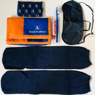 オーストラリアの航空会社 アンセットオーストラリア航空のアメニティセット 廃盤A(旅行用品)