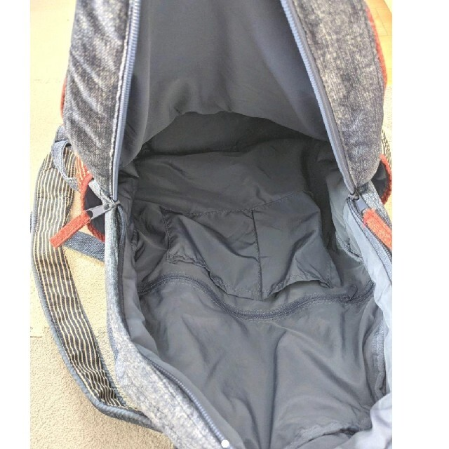 rough(ラフ)のrough ナイロン素材リュック レディースのバッグ(リュック/バックパック)の商品写真