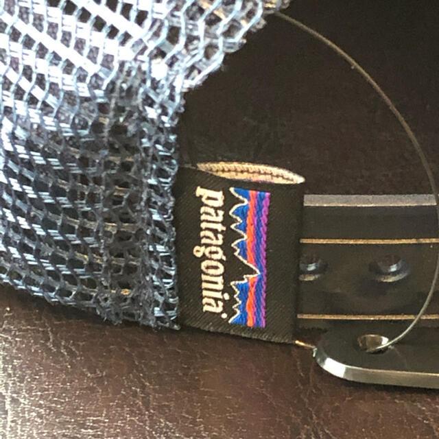 patagonia(パタゴニア)の【新品・送料無料】Patagonia パタゴニア ネイビー メッシュキャップ メンズの帽子(キャップ)の商品写真