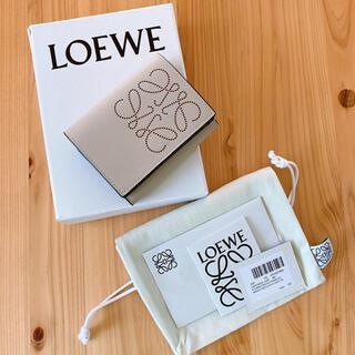ロエベ(LOEWE)のほぼ未使用美品! ロエベ トライフォールド 三つ折り スモールウォレット(財布)